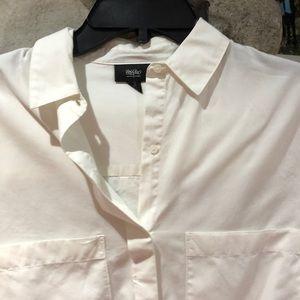White xs button down shirt.